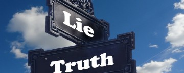 """Worship Leader Devotional """"Going Deeper"""": Two Truths and a Lie"""